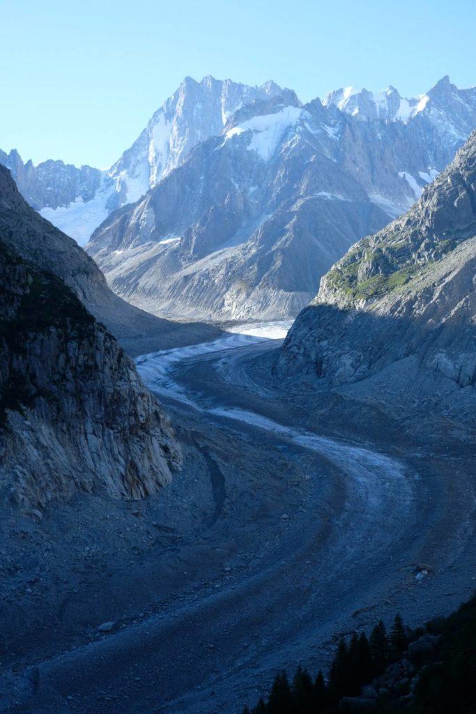 モンタンヴェール展望台から見える 氷河の景色