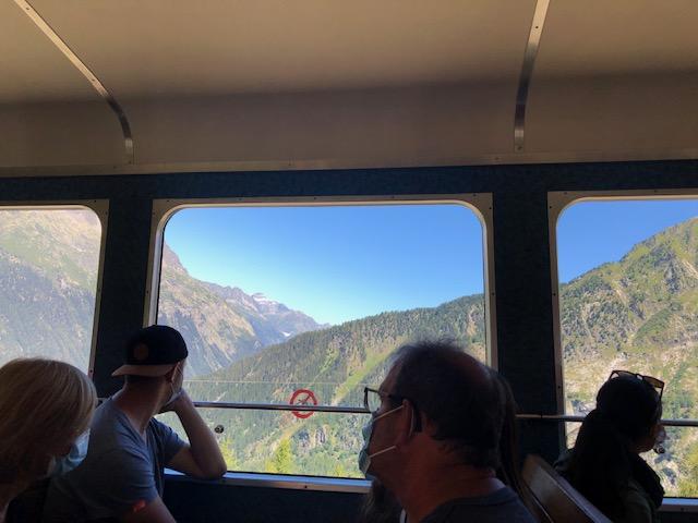 モンタンヴェール登山鉄道 車窓からの景色