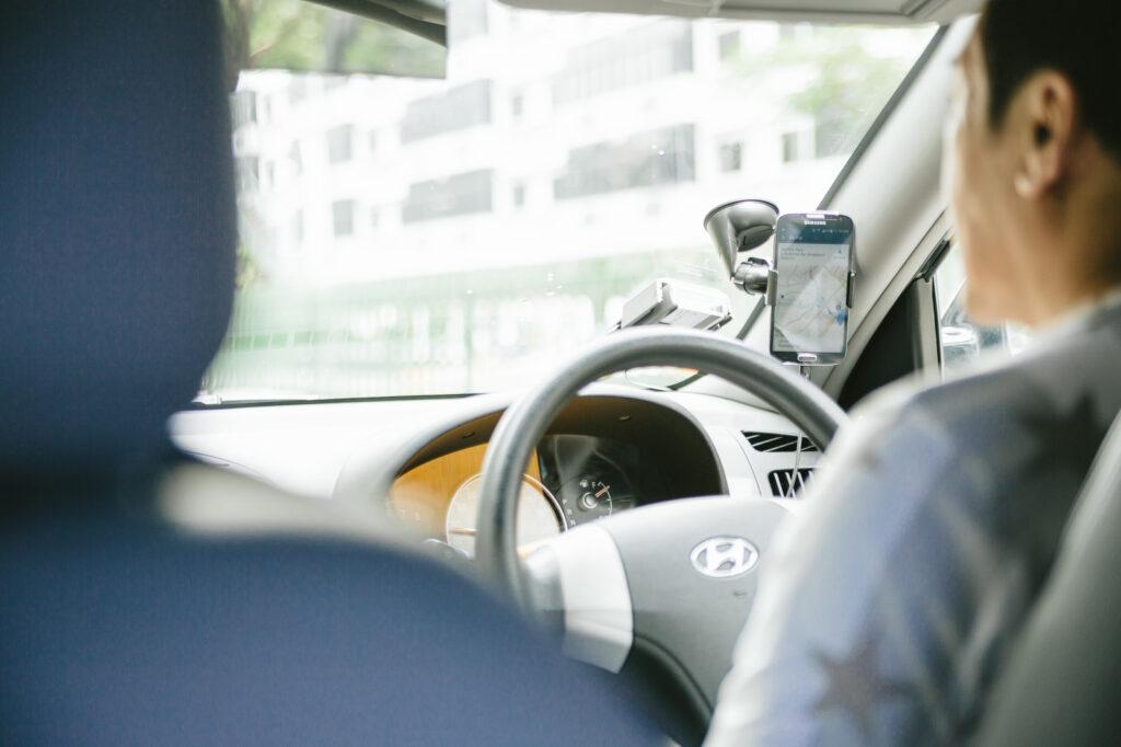 海外旅行のトラブル事例と対策 タクシー詐欺 ぼったくり